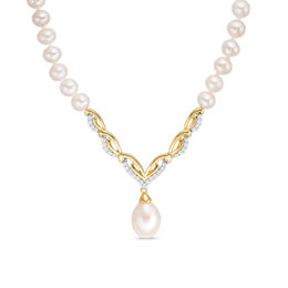 Cultured Freshwater Pearl and 1/5 CT. T.W. Diamond Necklace in 10K Gold